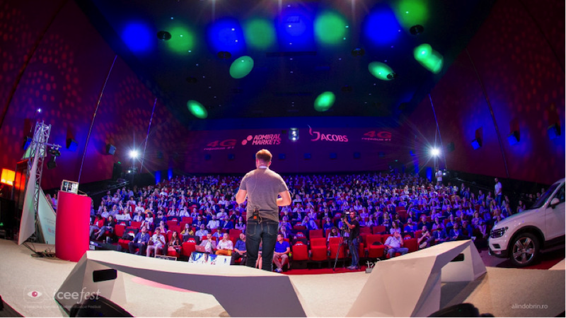 € 50,000 start-up prize on the iCEE.fest: UPGRADE 100 stage. Find out how you can participate (even for free) and what to do if you want to get financing